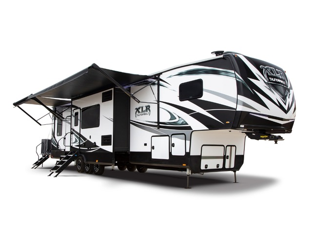 Custom Build & Price A XLR Thunderbolt Toy Hauler (Fifth Wheel) by Forest River