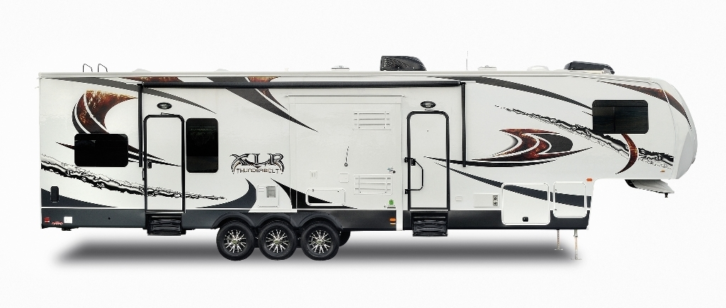 Xlr Thunderbolt 422amp Toy Hauler Fifth Wheel S By Forest